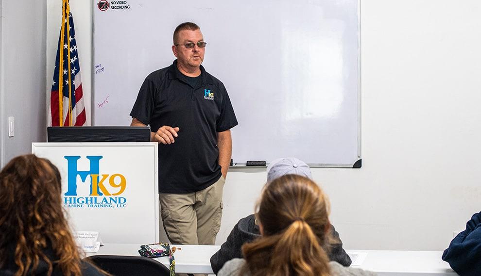 alabama dog trainer school